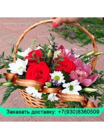 Композиция-розы, орхидеи, лизиантусы